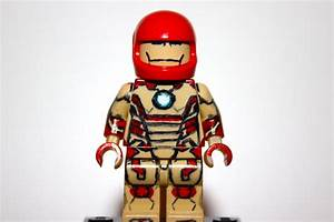 Lego Iron Man 3 - Mark 42 - YouTube
