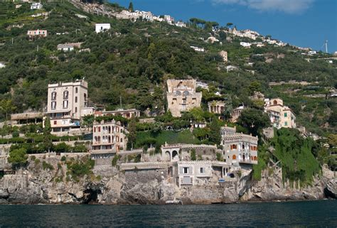 Amalfi Drive