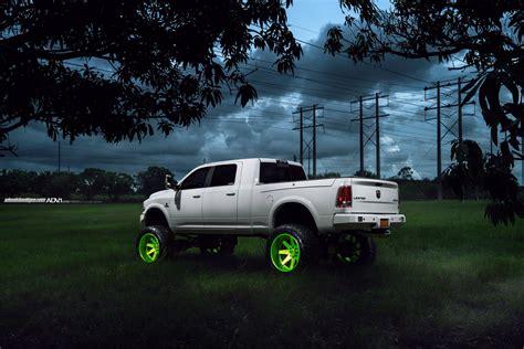 Dodge Lifted Truck Wallpaper by Adv 1 Wheels Gallery Dodge Ram 2500 Hd Truck Cars