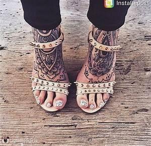 Tattoo Auf Dem Fuß : tattoos auf dem fu einige fotos die sie begeistern wird hand fu tattoos tattoo ideen ~ Frokenaadalensverden.com Haus und Dekorationen