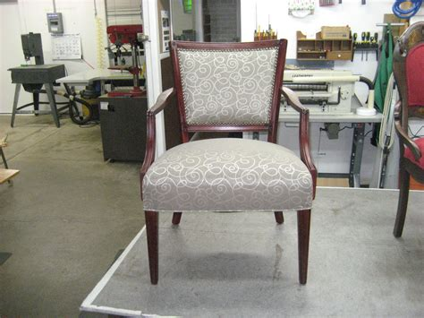 Furniture And Upholstery by Classic Chair Re Upholstery And Refinishing Upholstery