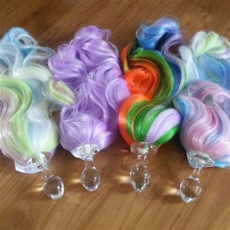 delight prancing  pony plugs  crystal