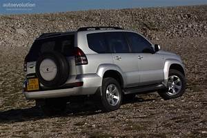 Toyota Land Cruiser 120 5 Doors Specs