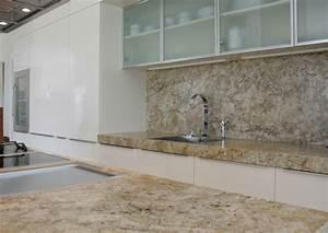 Arbeitsplatten schubert stone naturstein for Granit arbeitsplatten