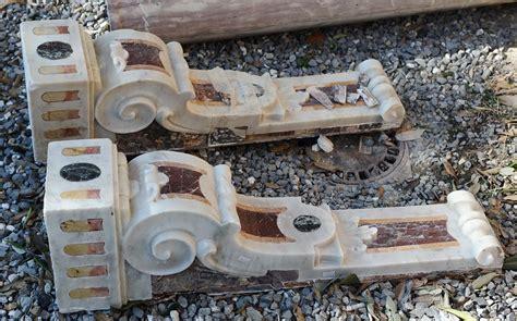 mensole in marmo coppia di mensole in marmi policromi xviii secolo