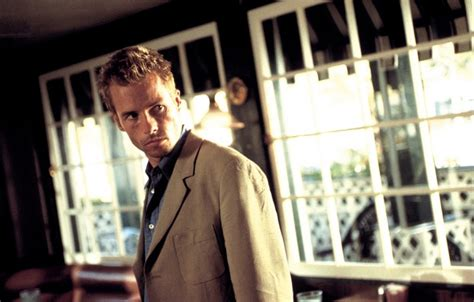 Meme To - christopher nolan remembers memento indiewire