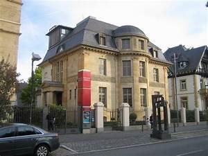 Museum Giersch Frankfurt : die sonnenuhr in der rubensstra e 2 neben dem museum giersch ta dip ~ Yasmunasinghe.com Haus und Dekorationen