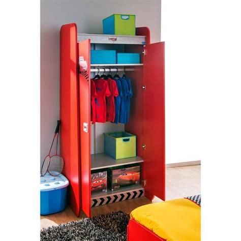 chambre cars pas cher armoire enfant à 2 portes coloris disney cars