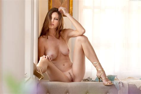 Naked Amber Sym Added By Oneofmany