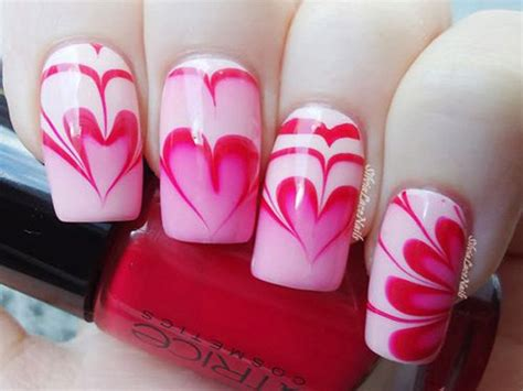 32 Adorable Water Marble Nail Art That Can Make You Look