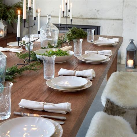 matthew phillips  holiday party guide hosting  thanksgiving     corner