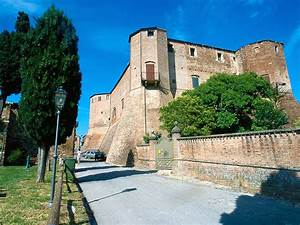 Hotel Della Porta**** Santarcangelo di Romagna (RN) Info 0541 622152 info@hoteldellaporta