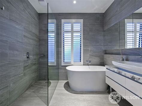 Badezimmer Fliesen Dunkel by Light Floor Tiles Wall Tiles Modern Bathroom Design