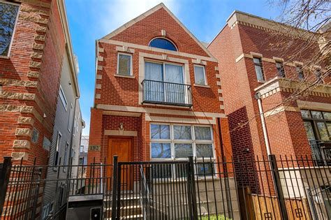 House With A by Chicago Row House With Light 899 900 Chicago