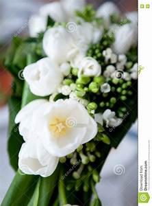 Bouquet Fleurs Blanches : bouquet de mariage des fleurs blanches image stock image ~ Premium-room.com Idées de Décoration