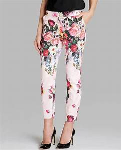 Ted Baker Pants Size Chart Ted Baker Pants Diemond Oil Painting Cropped In Pink