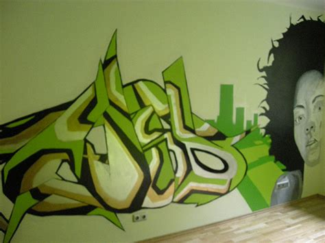 Graffiti Green Force :  Decorating Your Home With
