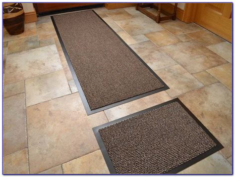 Washable Runner Rugs For Kitchen Rta Kitchen Cabinets Review Everything But The Sink Fabric Photos Of Backsplash Faucet Single Handle Paint Color For With White Table Prices Kohler Cast Iron Sinks Ss