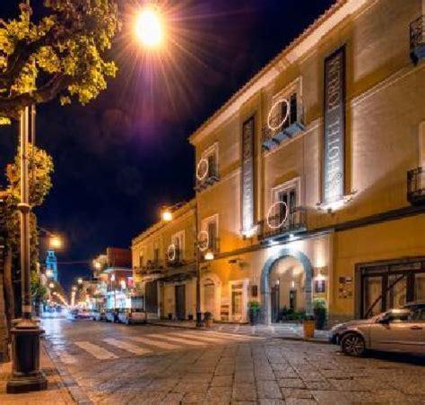 Ingresso Pompei by New Restaurant Bild Hotel Forum Pompei Pompeji