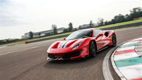 488 Pista Backgrounds by Wallpaper 488 Pista 2019 Cars Supercar Cars