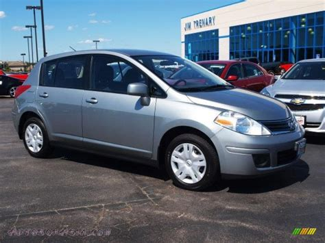 grey nissan versa hatchback 2011 nissan versa 1 8 s hatchback in magnetic gray