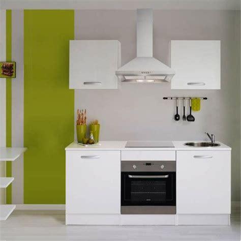but cuisine en kit meuble de cuisine cuisine aménagée cuisine équipée en
