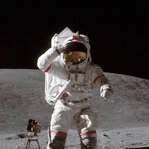 Apollo 11 Has Failed An Alternate History Of The Moon