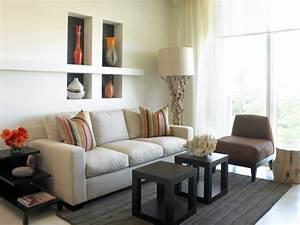 Wohnzimmer Accessoires Bringen Leben Ins Zimmer : kleine zimmer einrichten frische ideen f r kleine r ume ~ Lizthompson.info Haus und Dekorationen