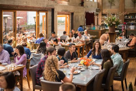 How To Make A Restaurant Sound On A Resume by Survival Tips For Noisy Restaurants Hackdining