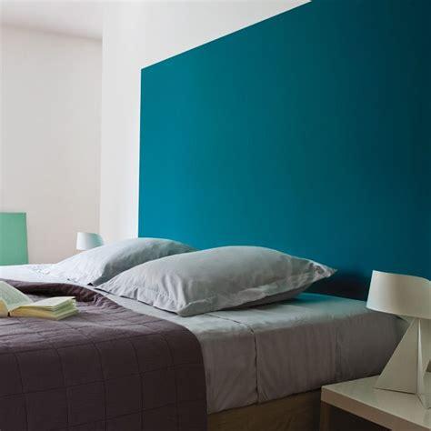 peinture mur chambre adulte peinture murs et boiseries enamel blue appartement 183
