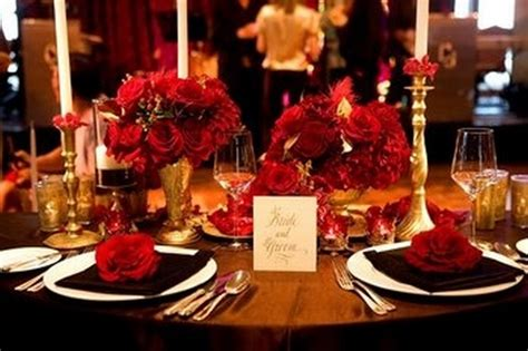 Red and Gold Wedding Inspiration by LinenTablecloth