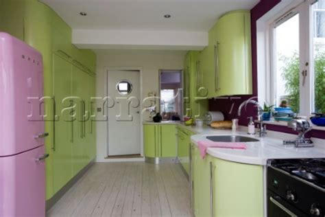 green and pink kitchen rs072 08 lime green retro styled kitchen with pink up 3959
