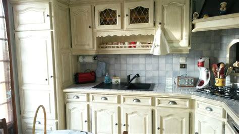 renover porte de placard cuisine relooker cuisine en bois element de cuisine en bois ahurissant img la deco a bonnetiere fin