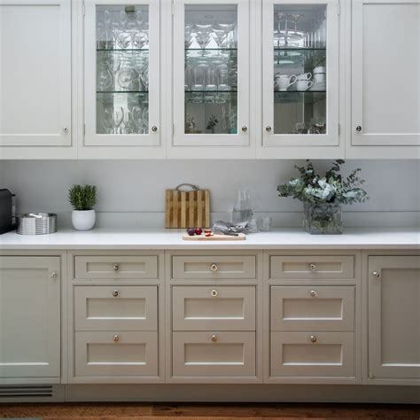 kitchen cabinets      buying  units