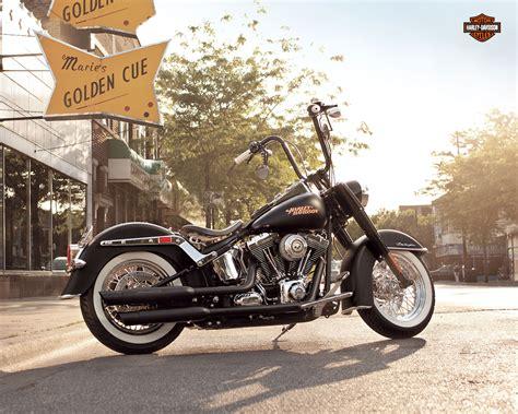 2013 Harley Davidson Flstn Softail Deluxe Q Wallpaper