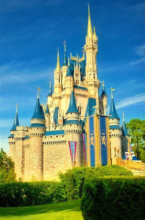 daily disney   shot  cinderella castle flickr