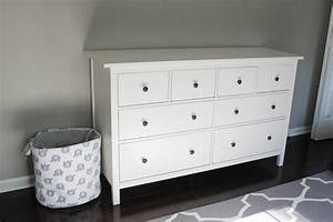 Ikea Hemnes Kinderbett : nursery progress ikea hemnes dresser erin spain ~ Sanjose-hotels-ca.com Haus und Dekorationen