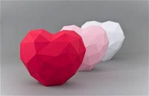 Herz Aus Papier Basteln : romantische herzen aus papier basteln ~ Lizthompson.info Haus und Dekorationen