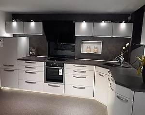 Küche T Form : musterk chen k chentreff uedem in uedem ~ Michelbontemps.com Haus und Dekorationen