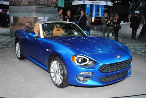 Fiat Spider by Detroit 2016 Fiat 124 Spider Gtspirit
