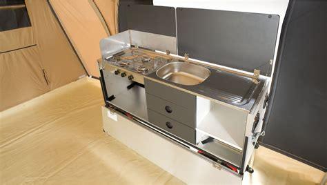 caravane cuisine meilleur de matelas pour caravane idées de bain de soleil
