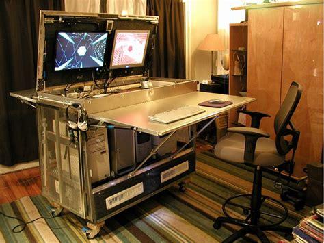 fabriquer bureau informatique ヲチモノ pc機器を一括収納 デスクにもなる自作pcボックス