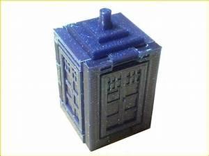 Foldable Tardis free 3D Model 3D printable stl - CGTrader com