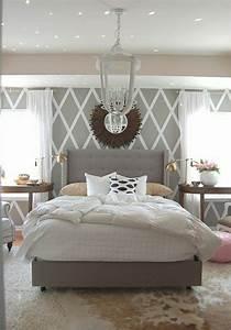 Wandfarben Schlafzimmer Ideen : tapete in grau stilvolle vorschl ge f r wandgestaltung home schlafzimmer ~ Orissabook.com Haus und Dekorationen