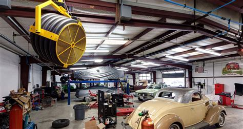 gas monkey garage gas monkey garage 174 uses large portable fans ceiling fans