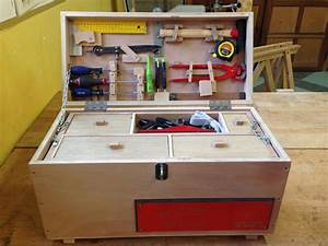 Caisse A Outils Bois : tel and take the first tool lending library opened in tel aviv happy in tel aviv ~ Melissatoandfro.com Idées de Décoration