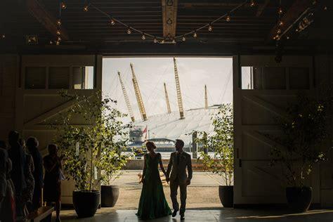 trinity buoy wharf wedding photography matt libby