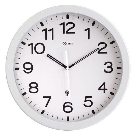 le de bureau loupe orium horloge radio contrôlée blanche mobilier et