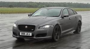 Enquête Très Spéciale 2018 : actualit auto la prochaine jaguar xj sera tr s sp ciale selon ian callum luxury car magazine ~ Medecine-chirurgie-esthetiques.com Avis de Voitures