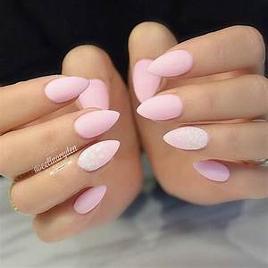 When it comes to nails, most women think that picking the ...